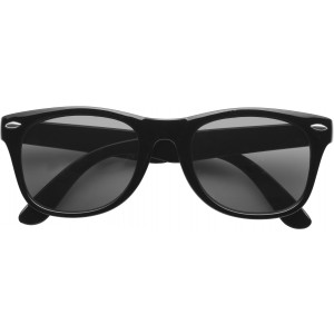 Klasszikus napszemüveg, fekete